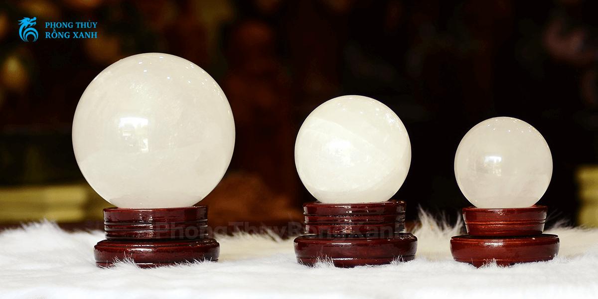 các kích thước quả cầu phong thủy thạch anh trắng